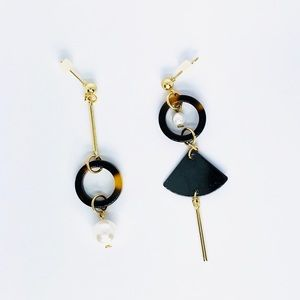 New! Gold Geometric Faux Pearl Dangle Earrings